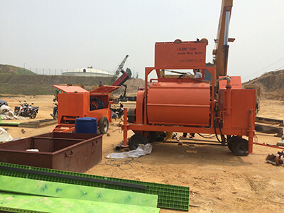 Foam concrete machine for filling voids in the foundation settlement