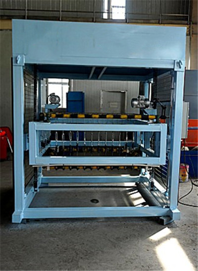 cutting machine for cut cellular lightweight concrete blocks